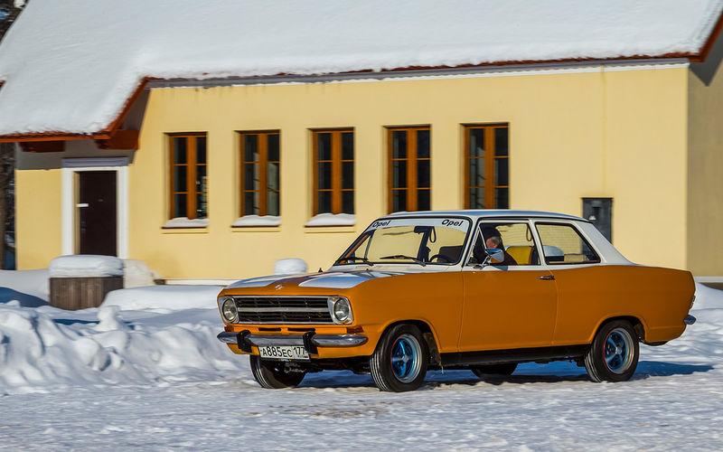 Советские автомобили против иномарок автомобили,водители,ретро