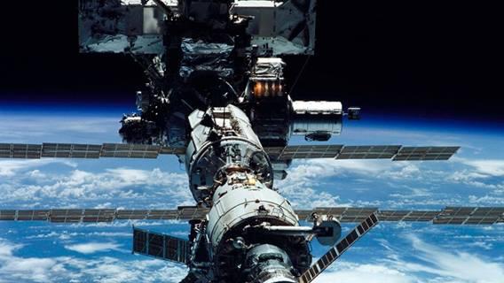 Китайский грузовой космический корабль пристыковался к модулю орбитальной станции КНР