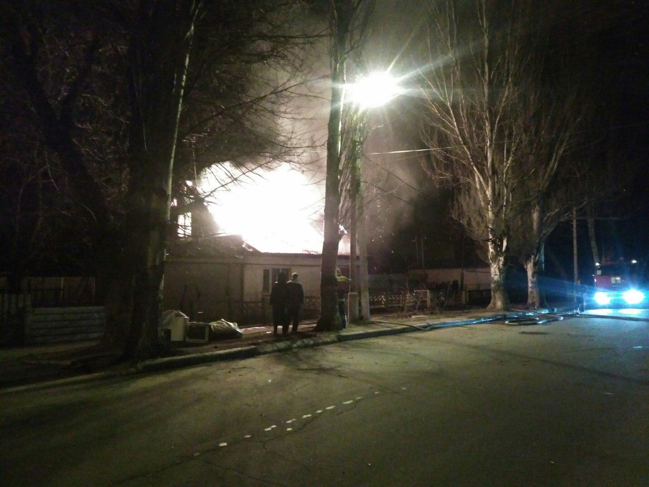 В ДНР повреждено более 10 строений из-за обстрела карателей «АТО»