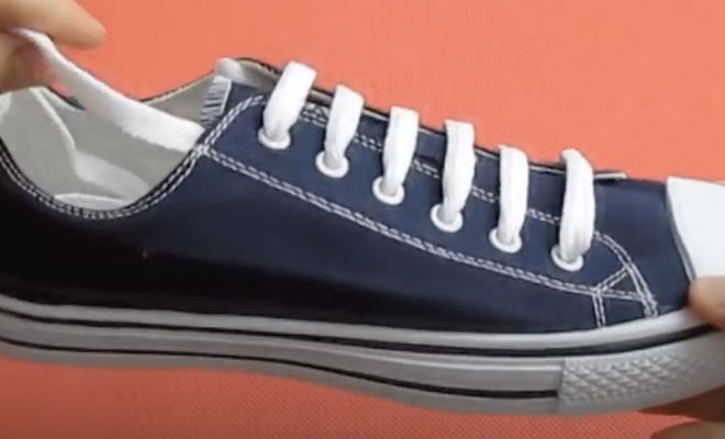 Шнурки больше не завязываем и не заправляем в обувь: шнуровка навсегда за пять минут