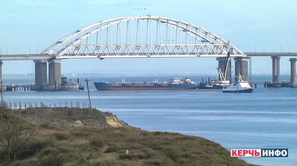 Грачи и Ка-52 ждут украинские кораблики