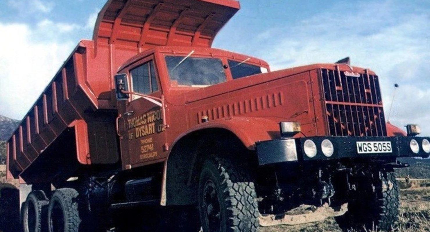 Каким был советский экспортный самосвал КрАЗ-256БЭ для рынка Великобритании?