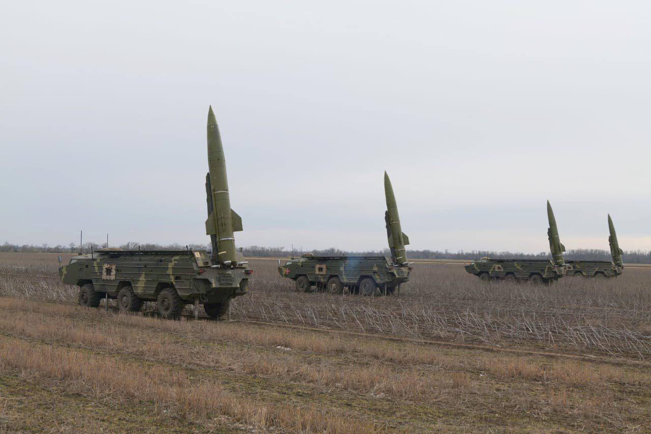 ВСУ бряцают Точками-У на границе с Крымом. Учения в Херсонской области