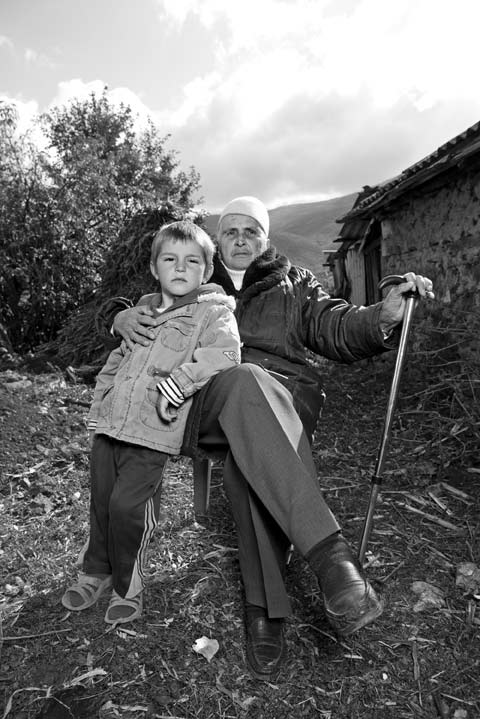 Женщино-мужчины Албании