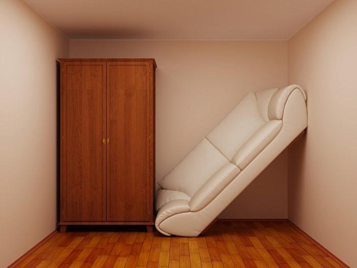 Откажитесь от мысли втиснуть в маленькую комнату громоздкую мебель. | Фото: cpykami.ru.