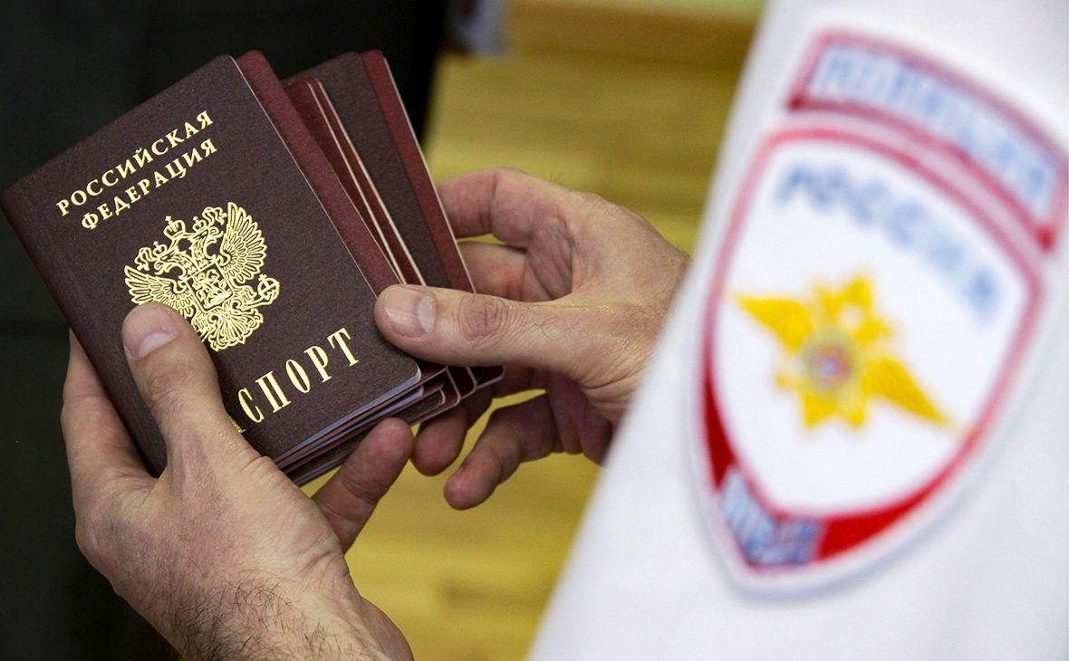 Россия отреагировала на планы ЕС не признавать паспорта РФ жителей Донбасса Европа,ЛДНР,Паспорта РФ,Политика,Россия,Россия,Украина