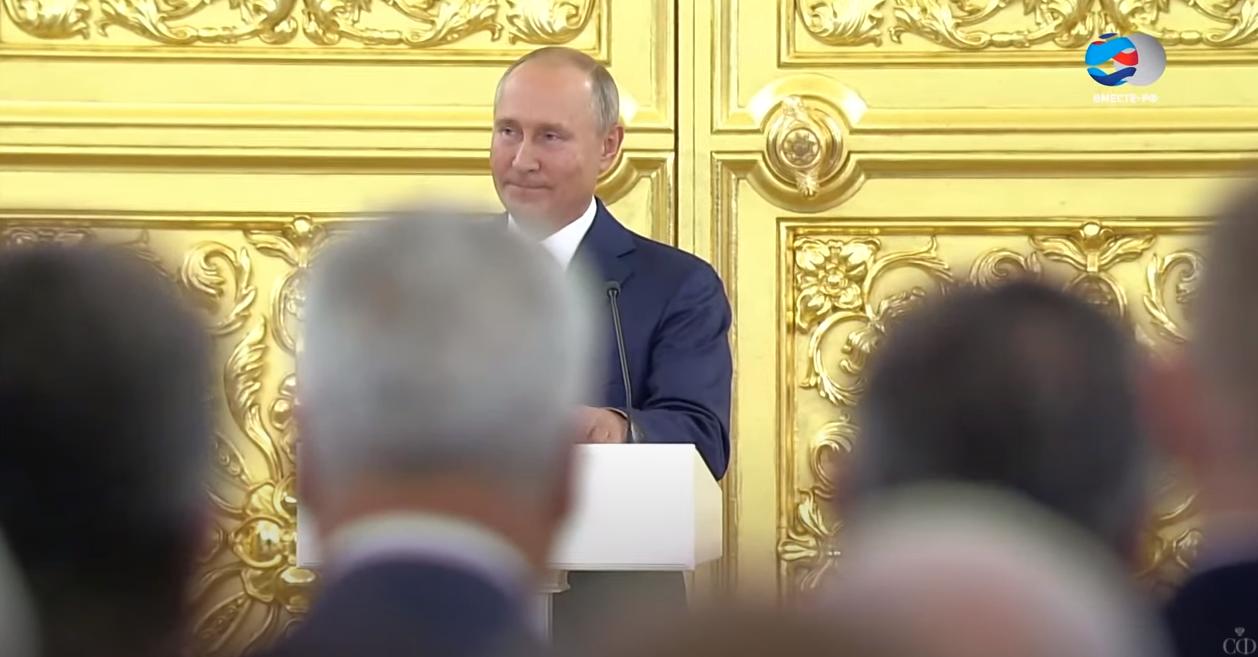 Бессмысленное и беспощадное. власть,Путин,Совет Федерации
