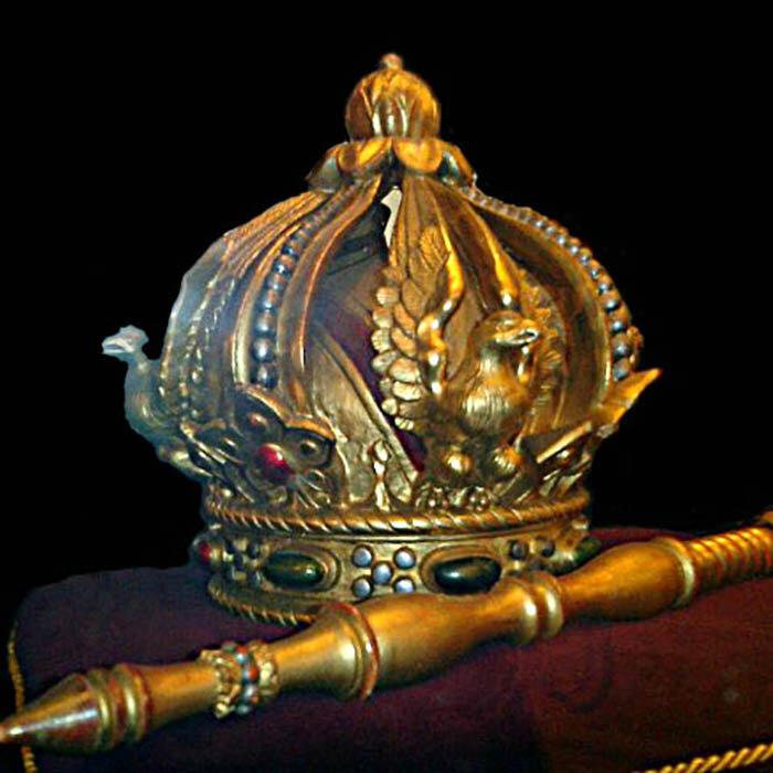 Императорская корона и скипетр Максимилиана I