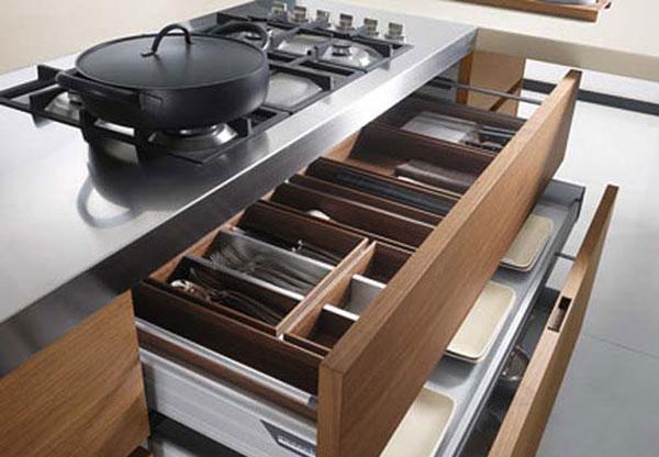 Узкая плита на кухню