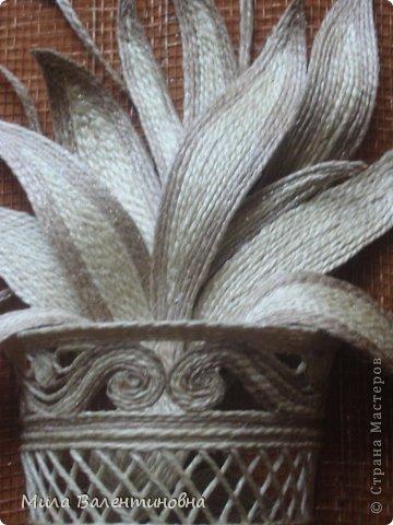 Картина панно рисунок Мастер-класс Новый год Моделирование конструирование МК-Цветы из джутовых ниток на сетке Нитки фото 14
