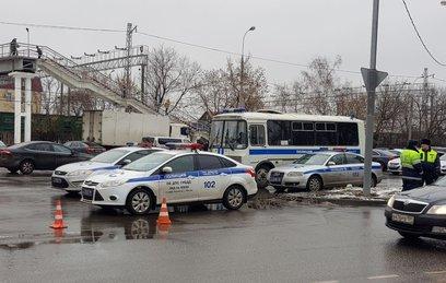 """Стрелка с фабрики """"Меньшевик"""" доставили в следственный отдел"""