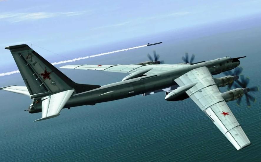 Стратегические ракетоносцы Ту-95МС пролетели вдоль побережья США