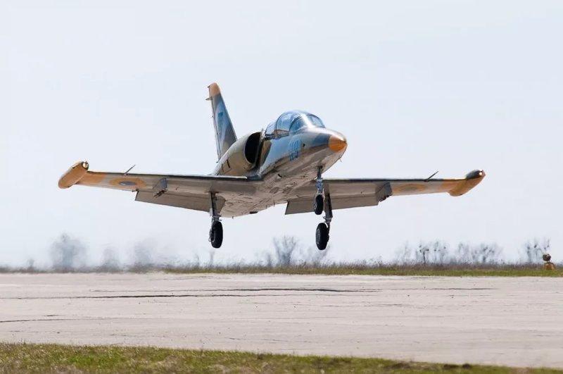 Представлен к награде. Летчик-курсант совершил аварийную посадку на Л-39