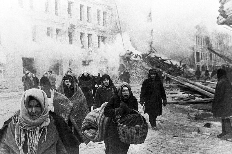МИФ ВТОРОЙ: БЛОКАДА - ПРЕСТУПЛЕНИЕ ТОЛЬКО НЕМЦЕВ блокада, ленинград, мифы