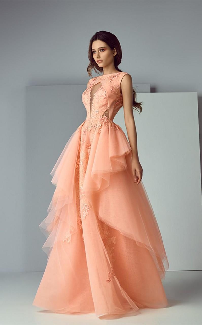 Невероятно женственные образы одежда