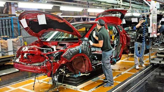 Британский автопром «понесет убытки в £55 млрд» в случае Брексита без сделки ИноСМИ