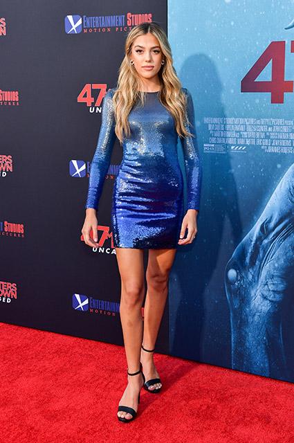 """Сильвестр Сталлоне и Джейми Фокс поддержали дочерей на премьере фильма """"Синяя бездна 2"""" Красная дорожка"""