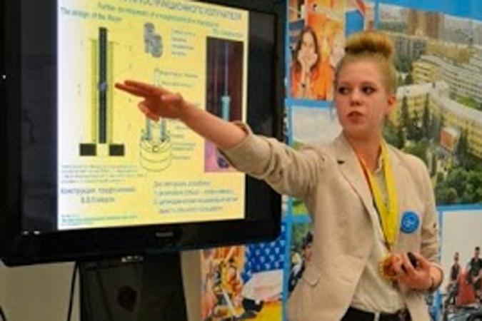 Подмосковная школьница нашла способ, как сократить выброс вредных веществ в атмосферу