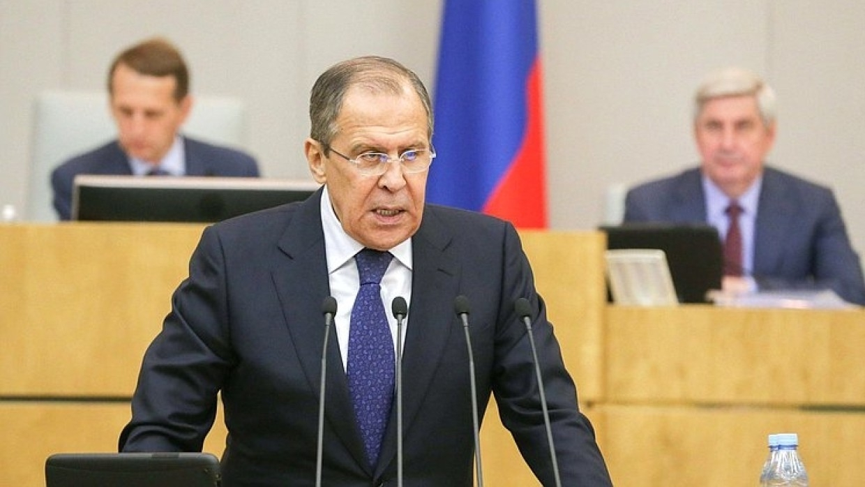 Лавров: попытки Киева изменить Минские соглашения нарушают международное право Политика