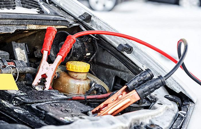 Как решить проблему севшего аккумулятора автомобиля