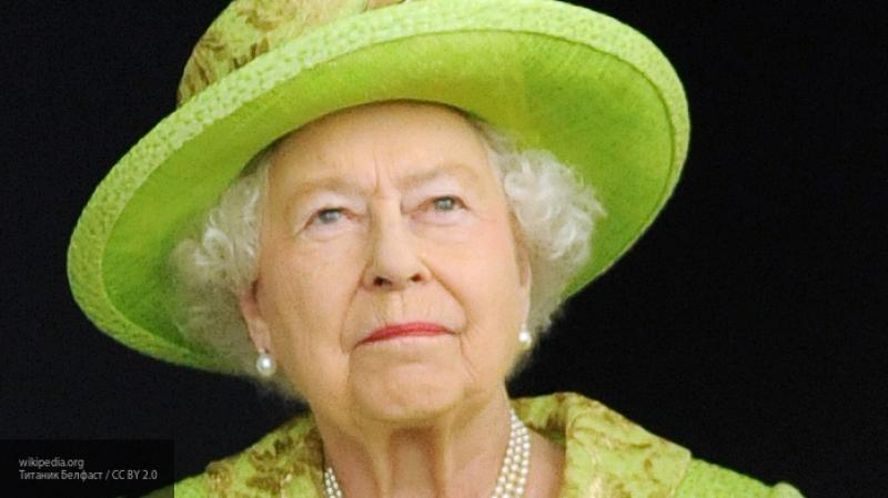Отъезд в Канаду принца Гарри и Меган Маркл пошатнул здоровье королевы Елизаветы II