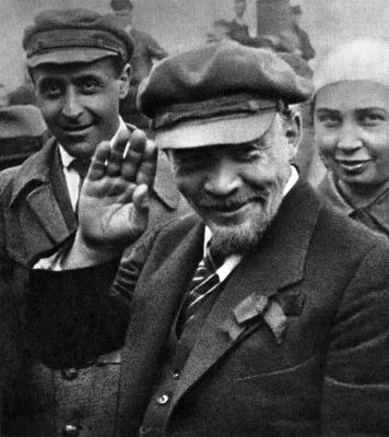 """Мифы истории СССР: """"Ленин ум…"""