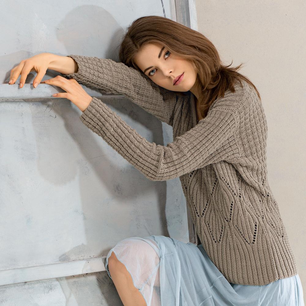 Благородный пуловер спицами