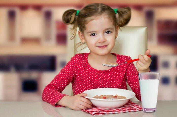 Если ребенок привередлив в еде: 7 советов как кормить «нехочуху»