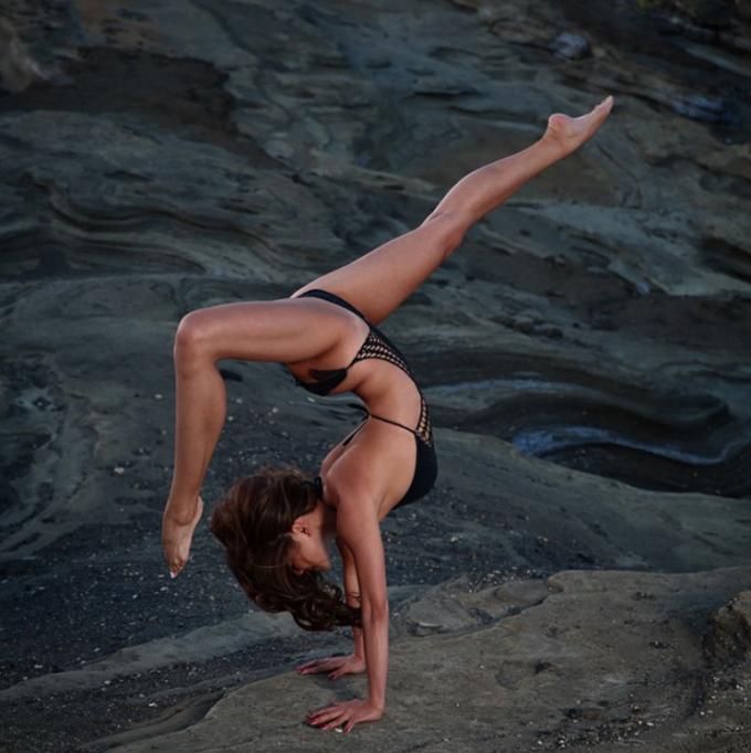 Youtube bikini flexible