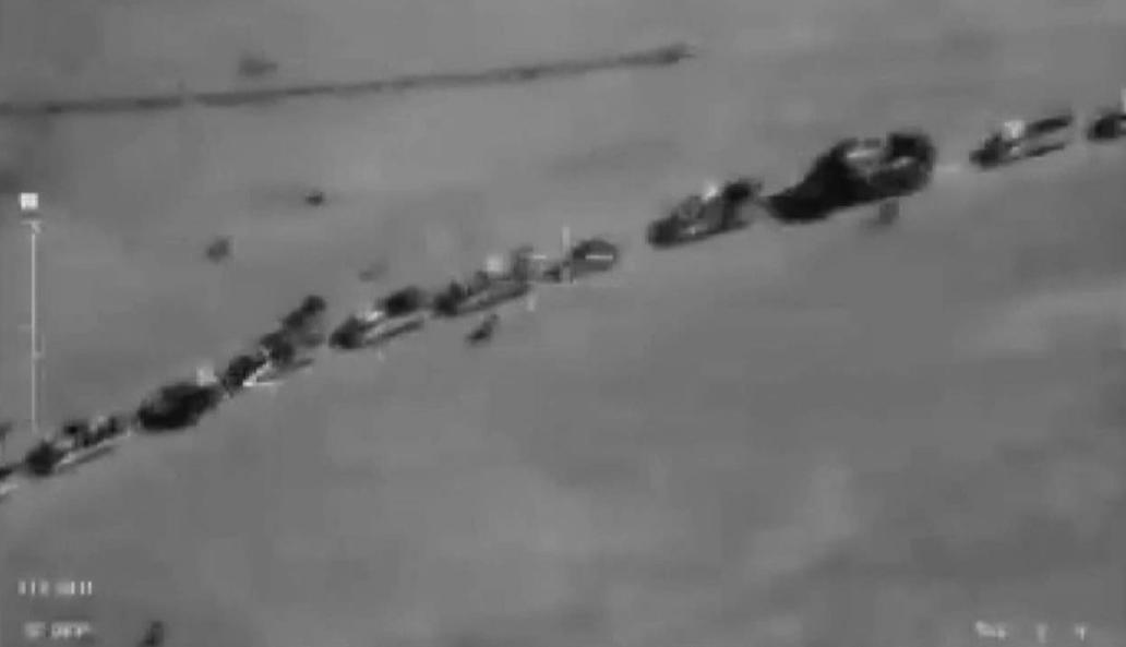 Опубликованы подлинные фото колонны ИГ, по которой США отказались наносить удары — Минобороны РФ