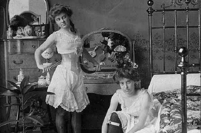 Года фото проституток россия 1900