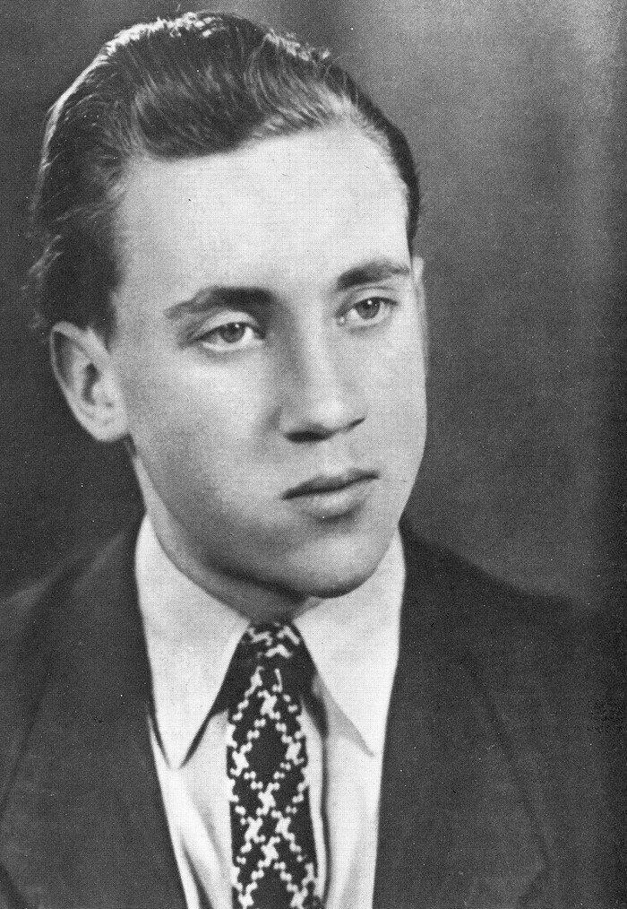 Редкий фотопортрет совсем еще молодого барда Бард, Владимир Высоцкий, актер, знаменитости, интересно, певец, фото