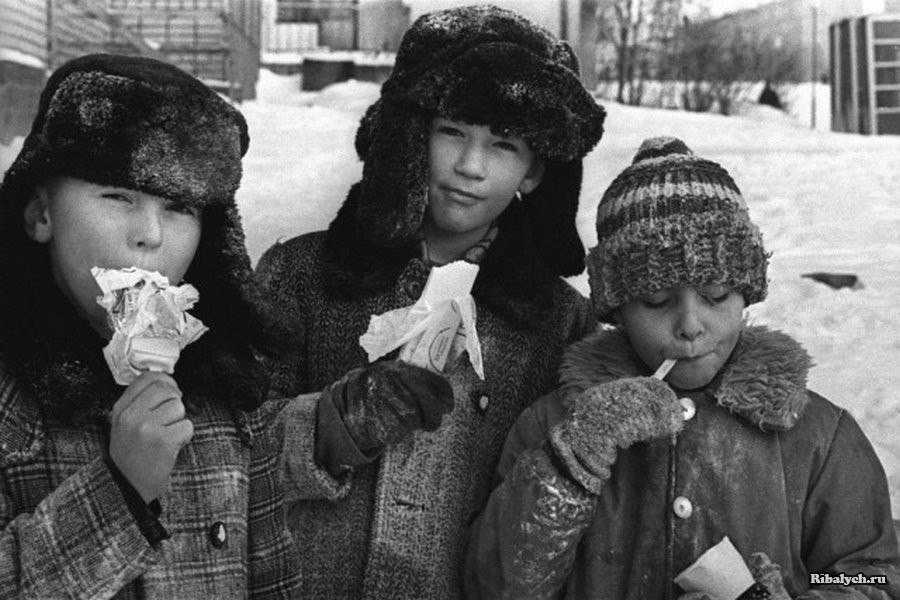 Чем в СССР было лучше детям на самом деле