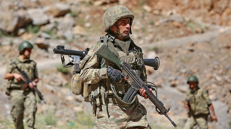 Турция отправляет очередную партию войск в Катар