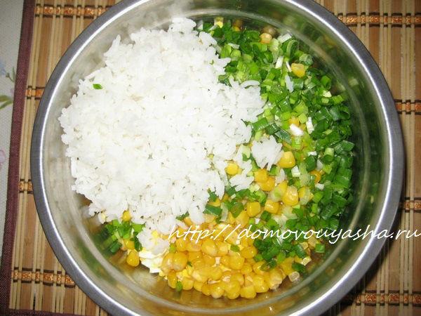 салат крабовый с рисом пошаговый рецепт с фото
