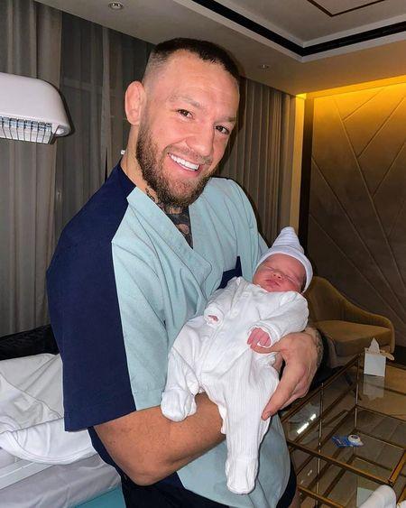Конор Магрегор в третий раз стал отцом: имя и первое фото ребенка Дети,Дети знаменитостей