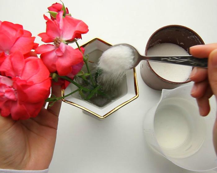Цветы в вазе. | Фото: Pinterest.ie.