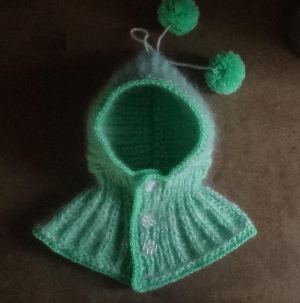 Как связать простую шапочку-капюшон спицами?