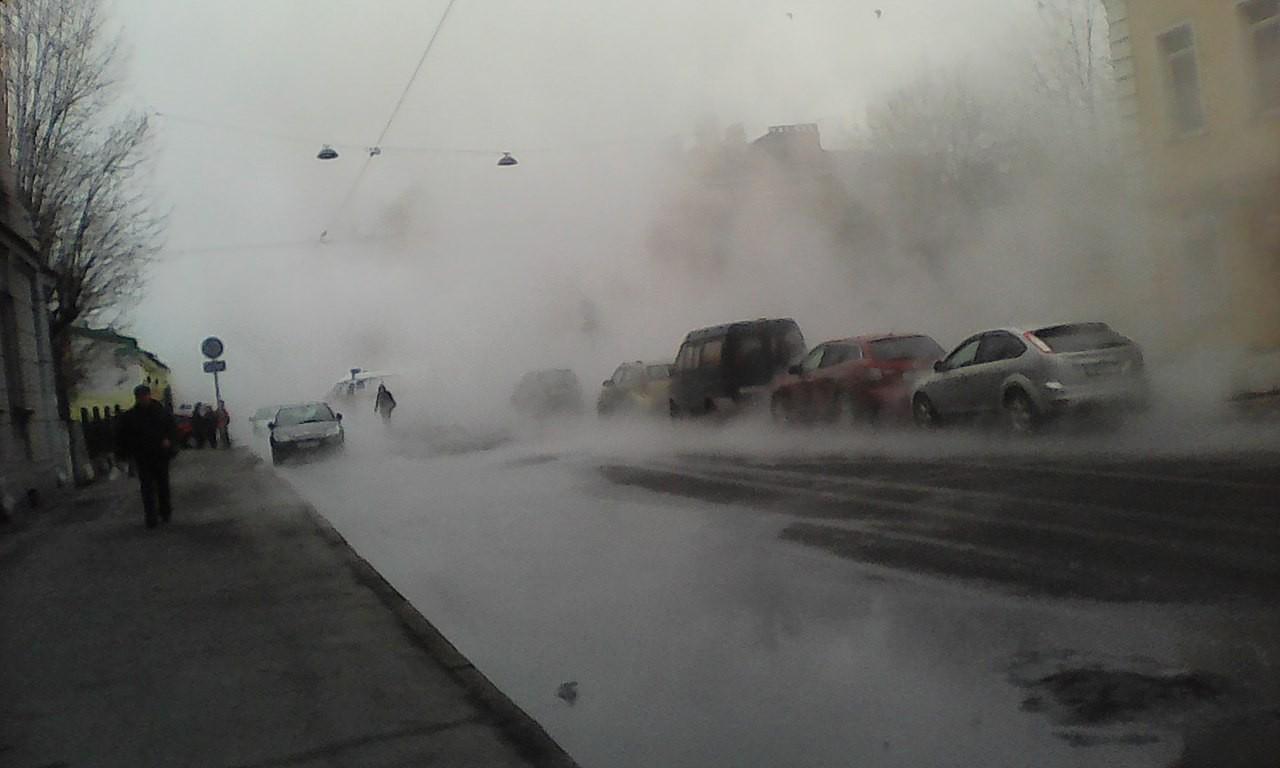 Кипяток на морозе. Почему жители востока Москвы остались без тепла и воды?