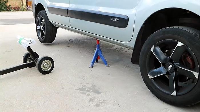 Подъемник для мгновенного поддомкрачивания автомобиля авто и мото,автосоветы,подъемник