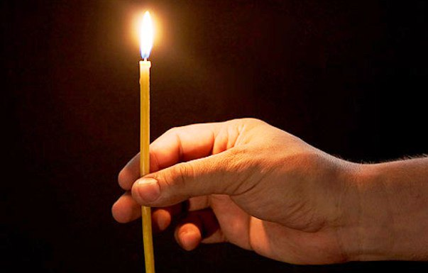 Ритуал 5 свечей – для очистки дома