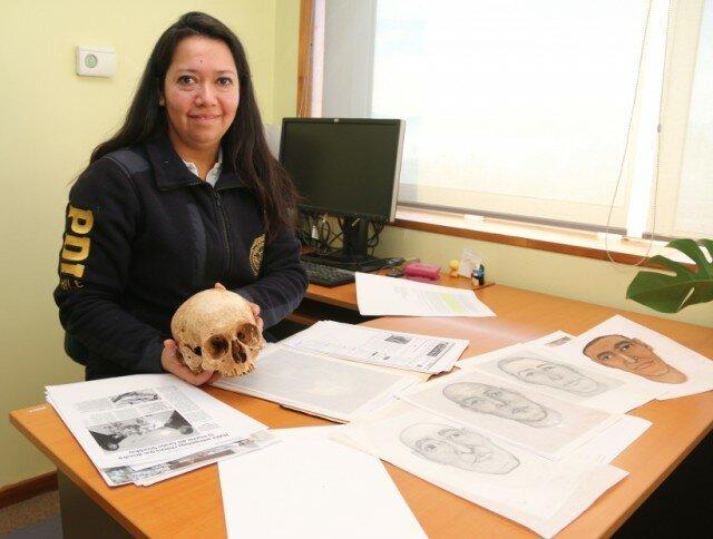 Археологи обратились к известному специалисту-эксперту по восстановлению лиц по черепу Мирее Поблет из Лаборатории криминалистики (Лакрим) из PDI (департамент полиции Чили). археология, древний египет, интересно, история, наука