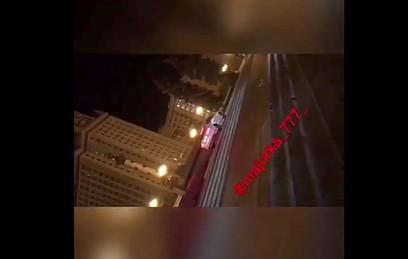 ГИБДД проверит видео с въехавшими на лестницу МГУ машинами